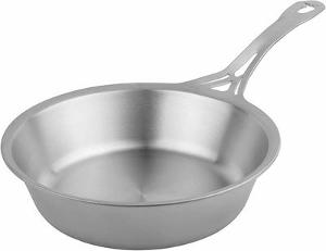 8 noni Seamless Stainless Steel Saute Pan Giveaway