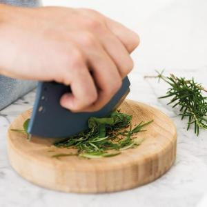 BergHOFF Herb Cutter Set Giveaway
