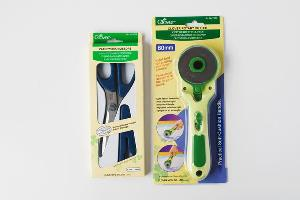 Clover Patchwork Scissors and Rotary Cutter