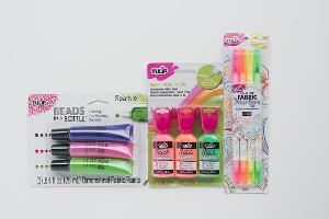 Dual-Tip Fabric Markers & Paints Giveaway