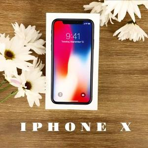 iPhone X social media graphic
