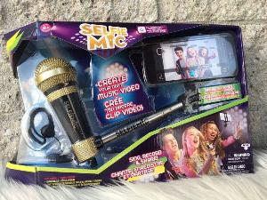Karaoke like a rock star with the SelfieMic Review+ Giveaway!
