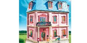 PLAYMOBIL Deluxe Dollhouse ($213.93)