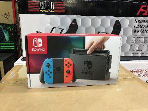 PS4 500 Million Limited Edition accessories & Nintendo Switch""