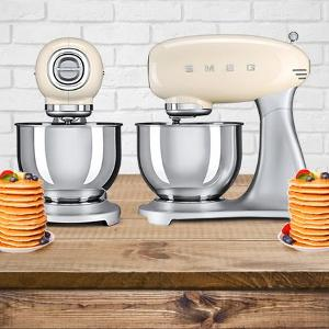Smeg Stand Mixer Giveaway!