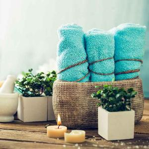 spa towels candles