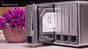 TerraMaster D5-300C and TWO 4TB Drives