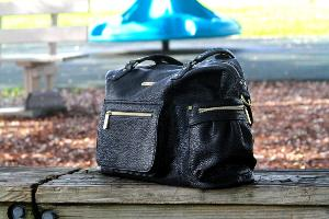 Timi & Leslie Abby 7-Piece Bag Set Giveaway
