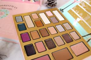 Contest Win The Too Faced Christmas In New York Palette