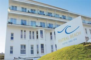 Two-night stay at Fistral Beach Hotel and Spa!
