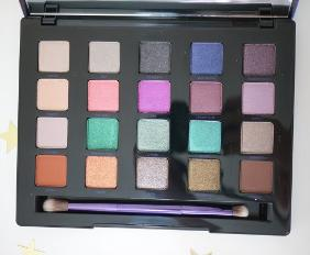 URBAN DECAY VICE 4 PALETTE GIVEAWAY!
