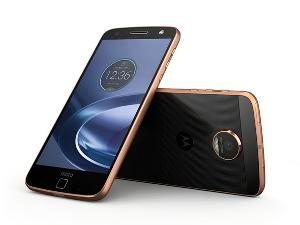 Win a Moto Z Force and Moto Mods