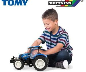 Win a replica New Holland T7.270 Tractor from Britains!!