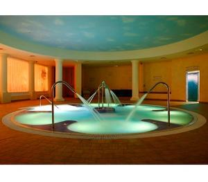 Win a Spa Break at Whittlebury Hall !