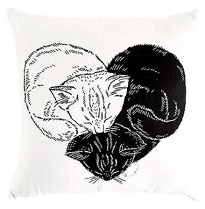 Win a Throw Pillow from ModCloth!!!!