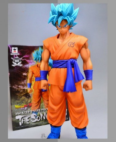 WIN: Goku God Figurine