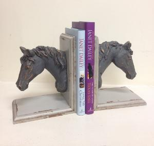 WIN: set of horse head bookends + books